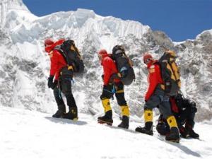 Cùng lên đỉnh Everest