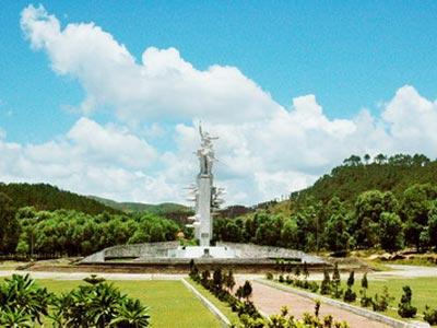 Đài tưởng niệm Đồng Lộc