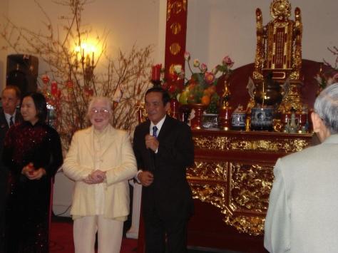 Bàn thờ tổ, Đại sứ quán VN, Washington DC