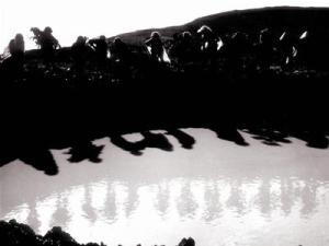 Bức ảnh cuối cùng của 10 cô gái Ngã ba Đồng Lộc (Nhiếp ảnh gia Văn Sắc)