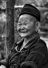 hmongmothersmile