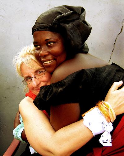 hug 3