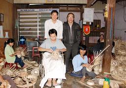 Nguyễn Lương Thiện Và Trần Can (bên trong cơ sở khuyết tật Hoàng Anh)