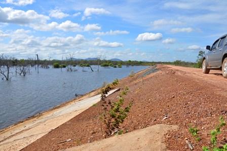 Hồ 739 có nguy cơ vỡ đập