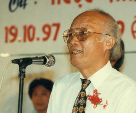 Nhạc sỹ Hoàng Hiệp năm 1997