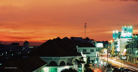 Buổi sáng - Ga-Nha-Trang