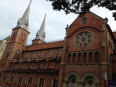 Nhà thờ Đức Bà - Ảnh: Hồng Thuận