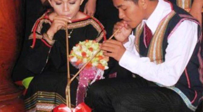 Ép cưới