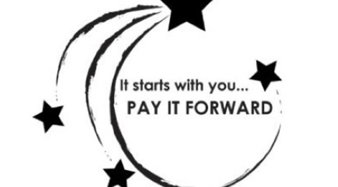 Trả ơn bằng cách cho đi – Pay it forward