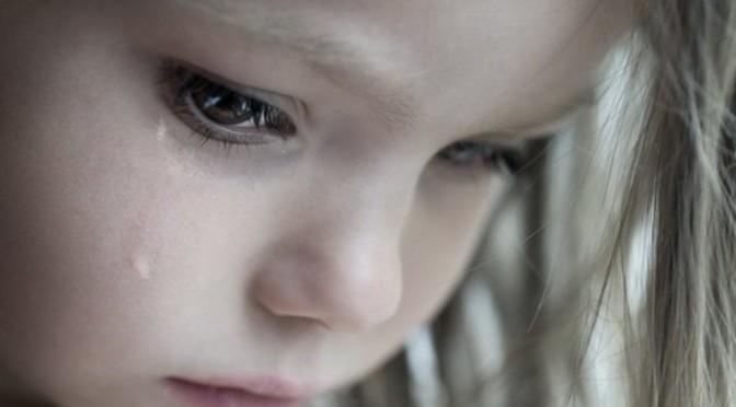 When the children cry – Khi những đứa trẻ khóc