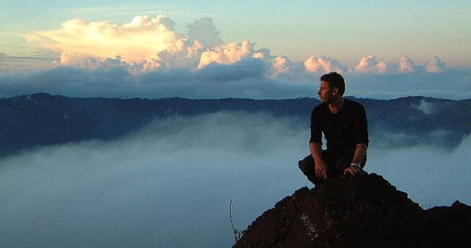Cô đơn trên  đỉnh núi ?