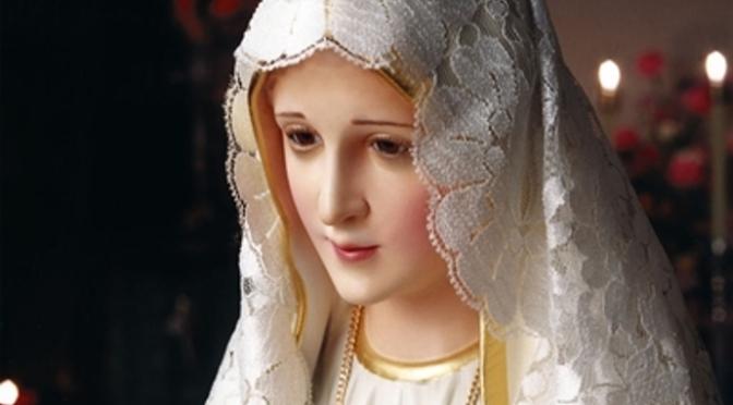 Cầu nguyện với Đức Mẹ Fatima
