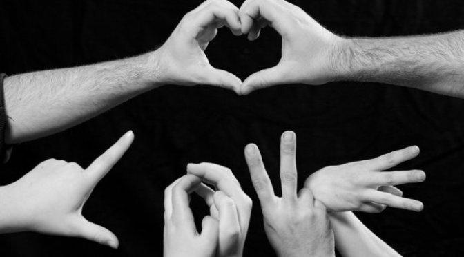 Hands – Những bàn tay