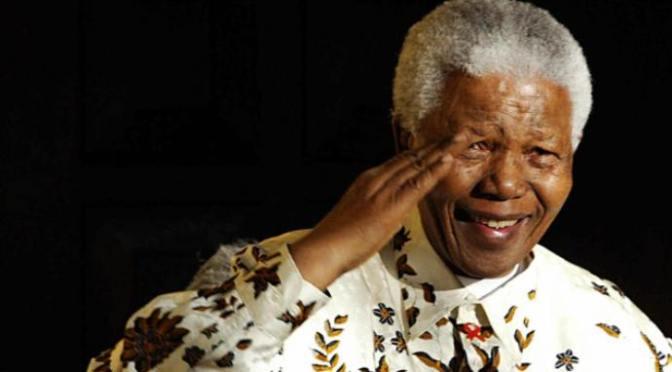 Asimbonanga – bài hát về người xây dựng hoà bình Nelson Mandela