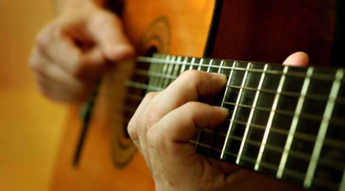 Classical_Guitar_player