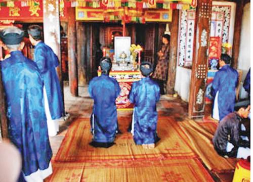 Nghi lễ Túc Yết tức là cúng tế các vị tiền hiền khai khẩn tại đình Thường Thạnh thuộc phường Thường Thạnh, quận Cái Răng (TP Cần Thơ)