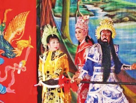 Hát bội không thể thiếu được trong Lệ hội Kỳ Yên của người dân miền sông nước Cửu Long