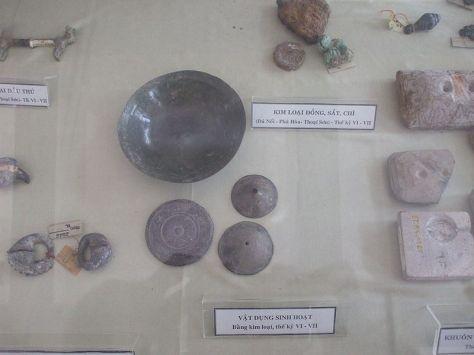 Vật dụng sinh hoạt của cư dân Phù Nam - thế kỷ 1-7.