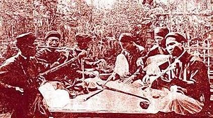 Từ trái qua phải_Ưng Dung-Tôn Thất Văn-Ưng Biều-Ngô Phò-Trần Quang Soạn-Hoàng Yến