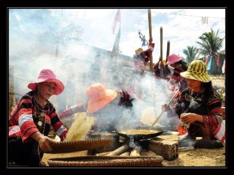 Lễ hội cốm mới của người Bana.