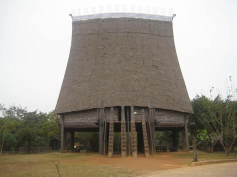 Nhà Rông của tộc Ba Na.