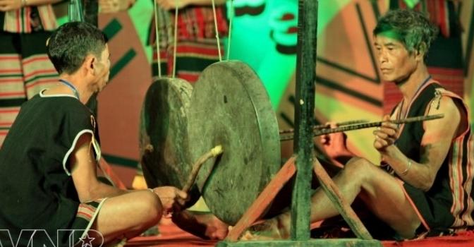 Dân ca dân nhạc VN – Dân ca Brâu/Brạo