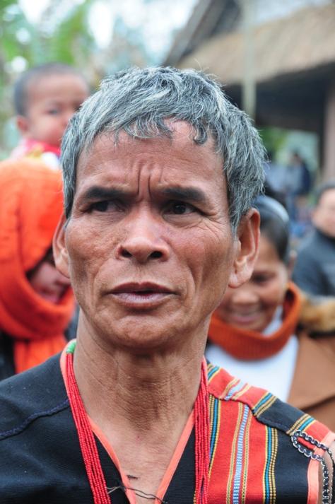 Già làng A Ót, dân tộc Brâu, làng Đắk Mế, xã Bờ Y, huyện Ngọc Hồi (Kon Tum), người có  uy tín trong bản làng, có vai trò trọng yếu trong việc bảo tồn, phát huy các giá trị truyền thống.