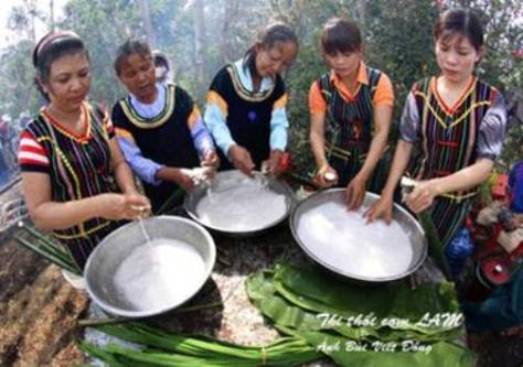 choro_lễ cơm lam