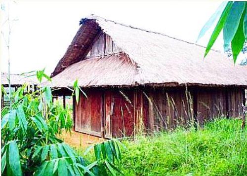 Kiến trúc tuyền thống của dân tộc Cờ Lao.