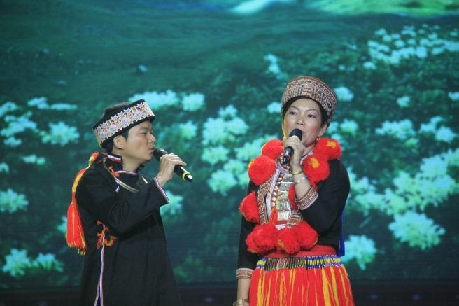 """""""Lời tỏ tình"""" (Páo dung – dân tộc Dao Tuyên Quang."""