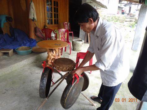 Nhạc cụ truyền thống dân tộc Giáy.