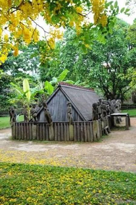 Nhà mồ của dân tộc Gia Rai.