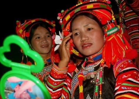 Cô dâu Hà Nhì trong ngày cưới.