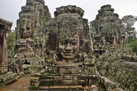 Đền thờ Angkor Wat là một trong những di sản của đế quốc Khmer.