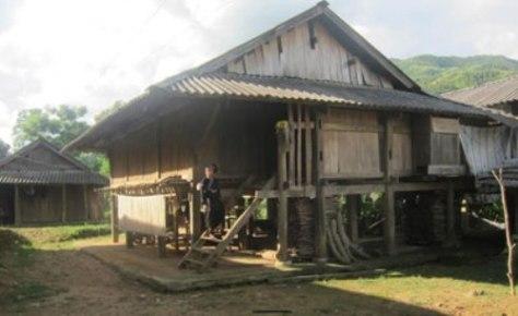 Một ngôi nhà sàn người Lự ở bản Hon 1, xã Bản Hon, huyện Tam Đường.