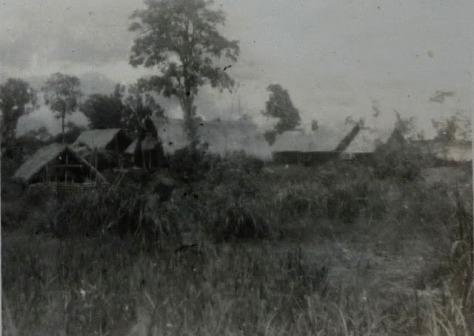 Bản làng người Mạ thời Pháp thuộc.