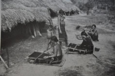 Mọi sinh hoạt, văn hóa, lễ hội của người M'nông Gar đều được Georges Codominas ghi chép và chụp lại.