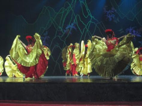 pl_Bộ ảnh tộc Yi trình diễn văn hóa dân nhạc truyền thống Lễ hội Torch Festival năm 2013-11