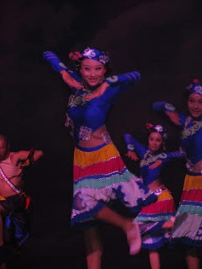 pl_Bộ ảnh tộc Yi trình diễn văn hóa dân nhạc truyền thống Lễ hội Torch Festival năm 2013-13