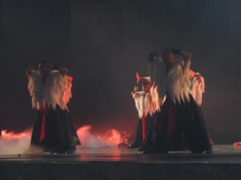 pl_Bộ ảnh tộc Yi trình diễn văn hóa dân nhạc truyền thống Lễ hội Torch Festival năm 2013-16
