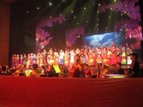 pl_Bộ ảnh tộc Yi trình diễn văn hóa dân nhạc truyền thống Lễ hội Torch Festival năm 2013-18