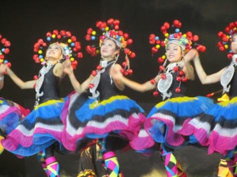 pl_Bộ ảnh tộc Yi trình diễn văn hóa dân nhạc truyền thống Lễ hội Torch Festival năm 2013-6