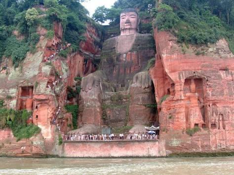 Lạc Sơn Đại Phật - Tứ Xuyên.