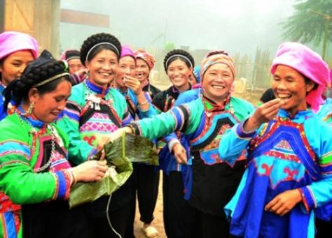 Người Phù Lá ở Lào Cai vẫn lưu giữ được những nét văn hóa truyền thống trong Ngày Tết.