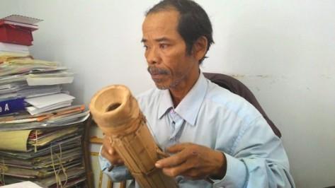 Nghệ nhân Mấu Quốc Tiến - tộc Raglai.