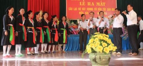 Lễ ra mắt CLB hát soọng cô tại xã Hợp Châu.