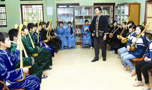 Tỉnh Lạng Sơn đã đưa hát Then - đàn Tính vào giảng dạy ở các trường học.
