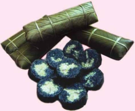 Các loại bánh không thể thiếu trong mâm cơm Ngày Tết Độc lập của người Thái.