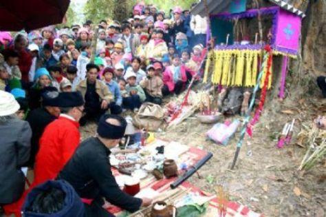 Lễ hội cầu an thường được tổ chức vào cuối tháng giêng, đầu tháng 2 âm lịch hàng năm.