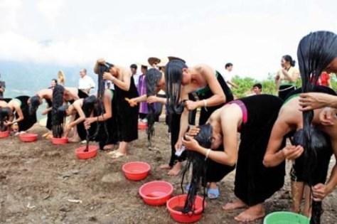 Lễ hội gội đầu có ý nghĩa hết sức quan trọng trong đời sống tâm linh của bà con dân tộc Thái Trắng.